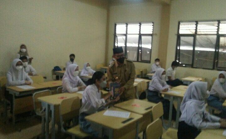 Pemkot Depok Izinkan Sekolah Laksanakan PTMT dengan Prokes Ketat